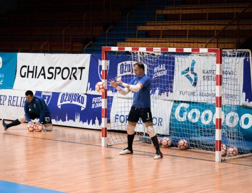 Prometno na Dinamovim vratima: Mladi dvojac zamijenio iskusnu trojku